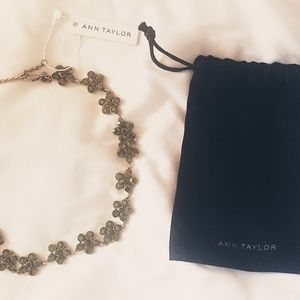 Ann Taylor Flower Necklace